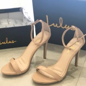 Lulus nude strappy heels